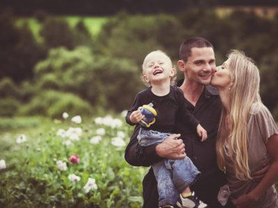 5 motive pentru care parintii ar trebui sa fie afectuosi