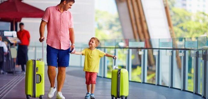 Reguli pentru a ieși cu copilul din țară în 2020